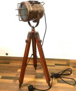 Lámpara de suelo náutico