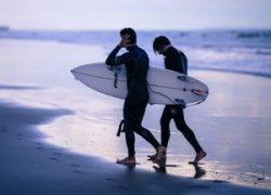Los Mejores Trajes de Neopreno para Hombre para hacer surf, bucear y nadar